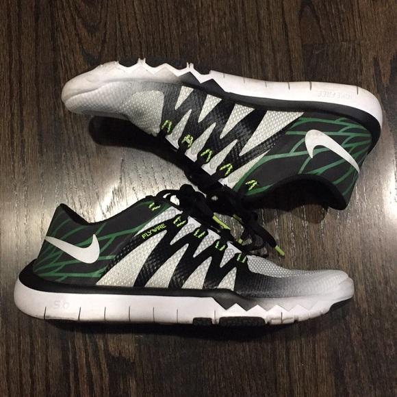 2d524aafb5ce Men s Nike Oregon Ducks shoe